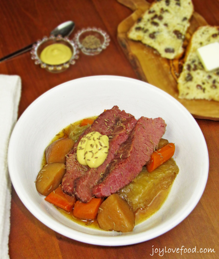 Crock Pot Apple and Brown Sugar Corned Beef & Cabbage