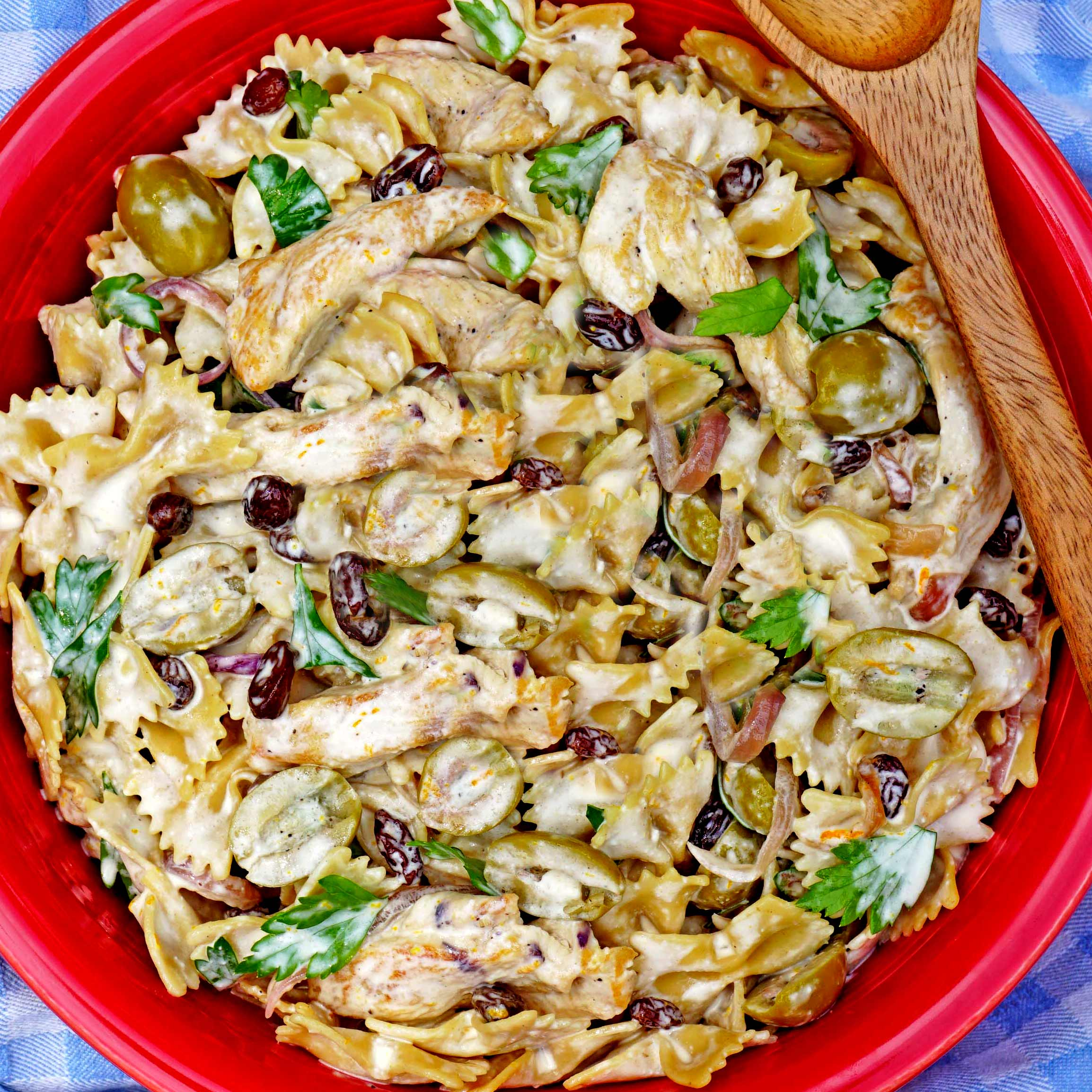 Creamy Chicken Pasta Salad with Green Olives and Raisins - Joy Love ...