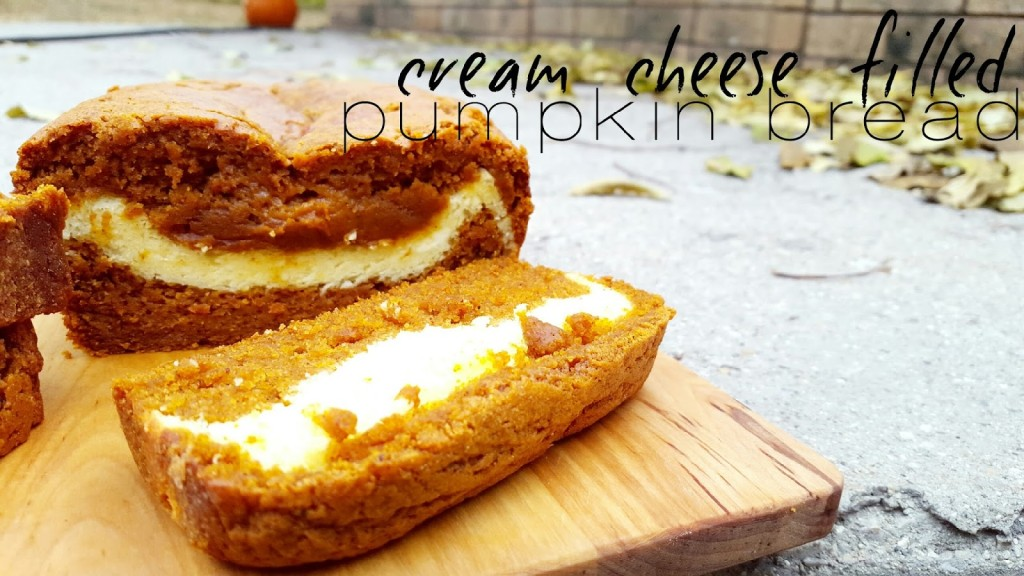 week41-pumpkin bread with cream cheese filling