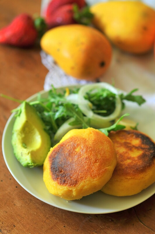 What'd You Do This Weekend? Feature - Arepas - Colombian Corn and Cheese Patties
