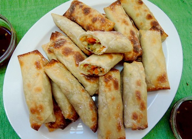 What'd You Do This Weekend? Feature - Baked Vegetarian Egg Rolls with Sweet and Sour Dipping Sauce