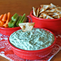 Kale and Artichoke Greek Yogurt Dip
