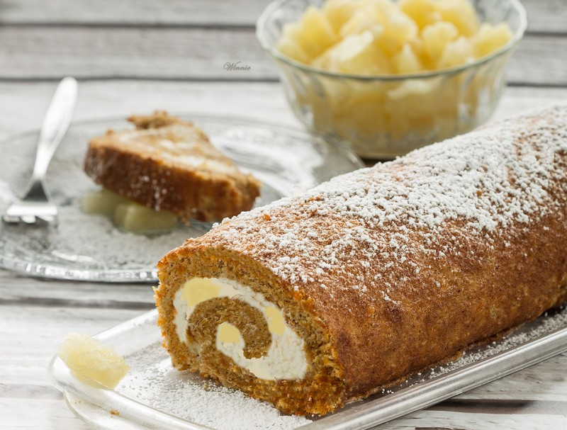What'd You Do This Weekend? #54 Feature - Carrot Cake Swiss Roll