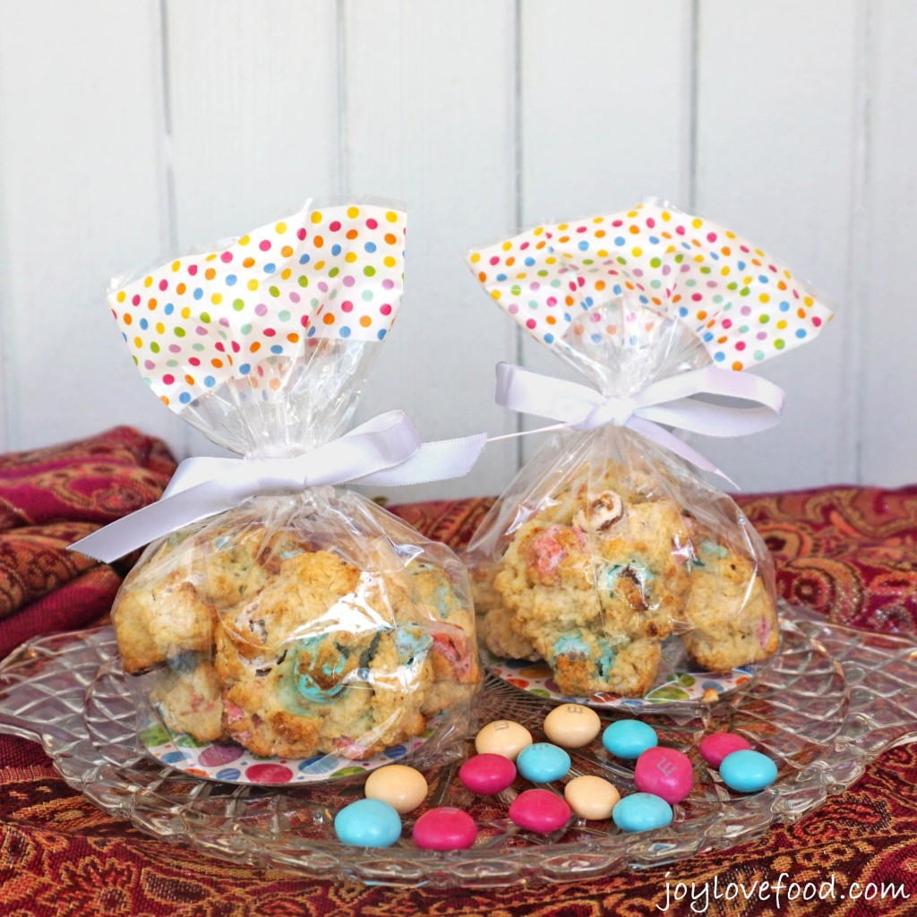 M&M's® Easter Sundae Mini Cream Scones