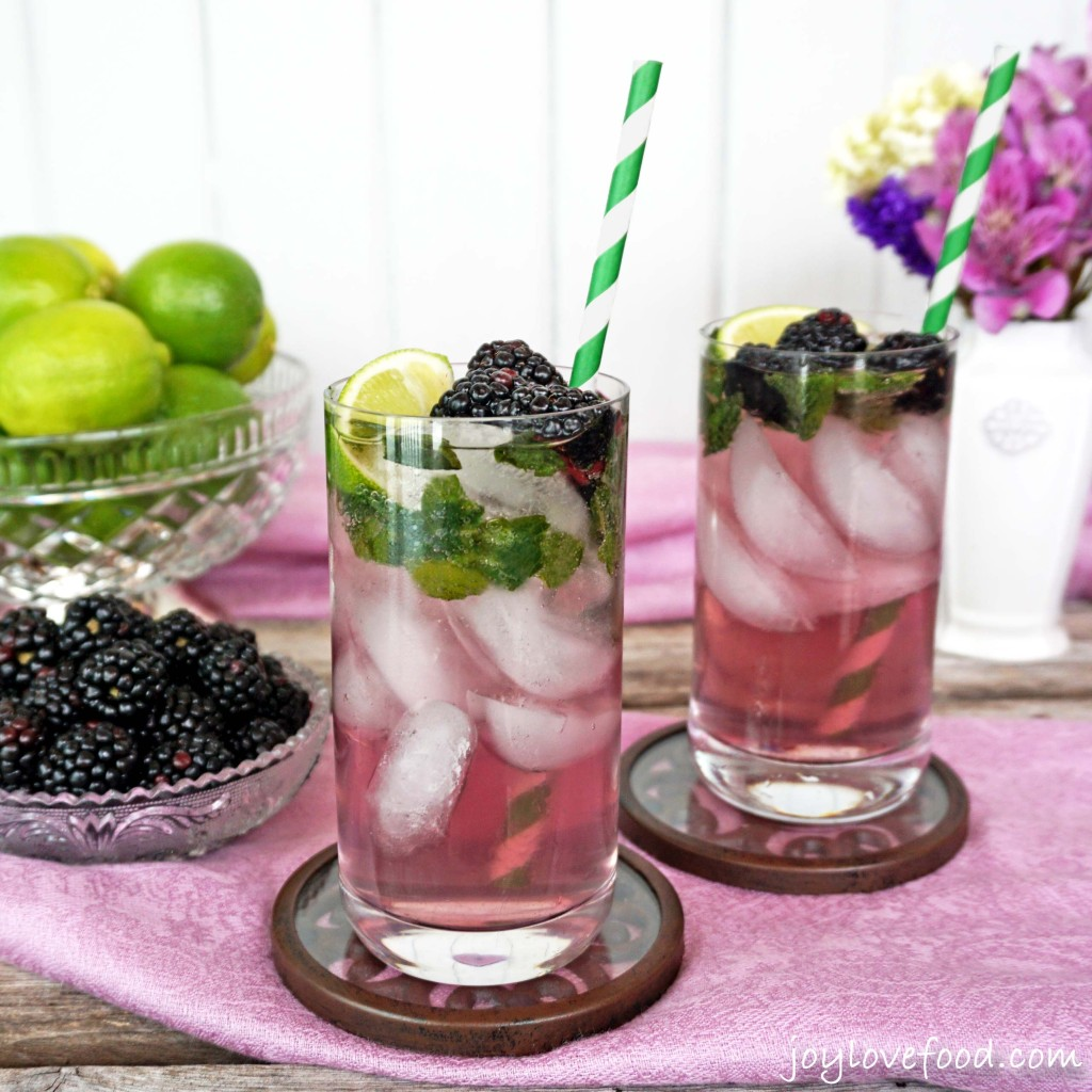 Sparkling Blackberry Mojitos