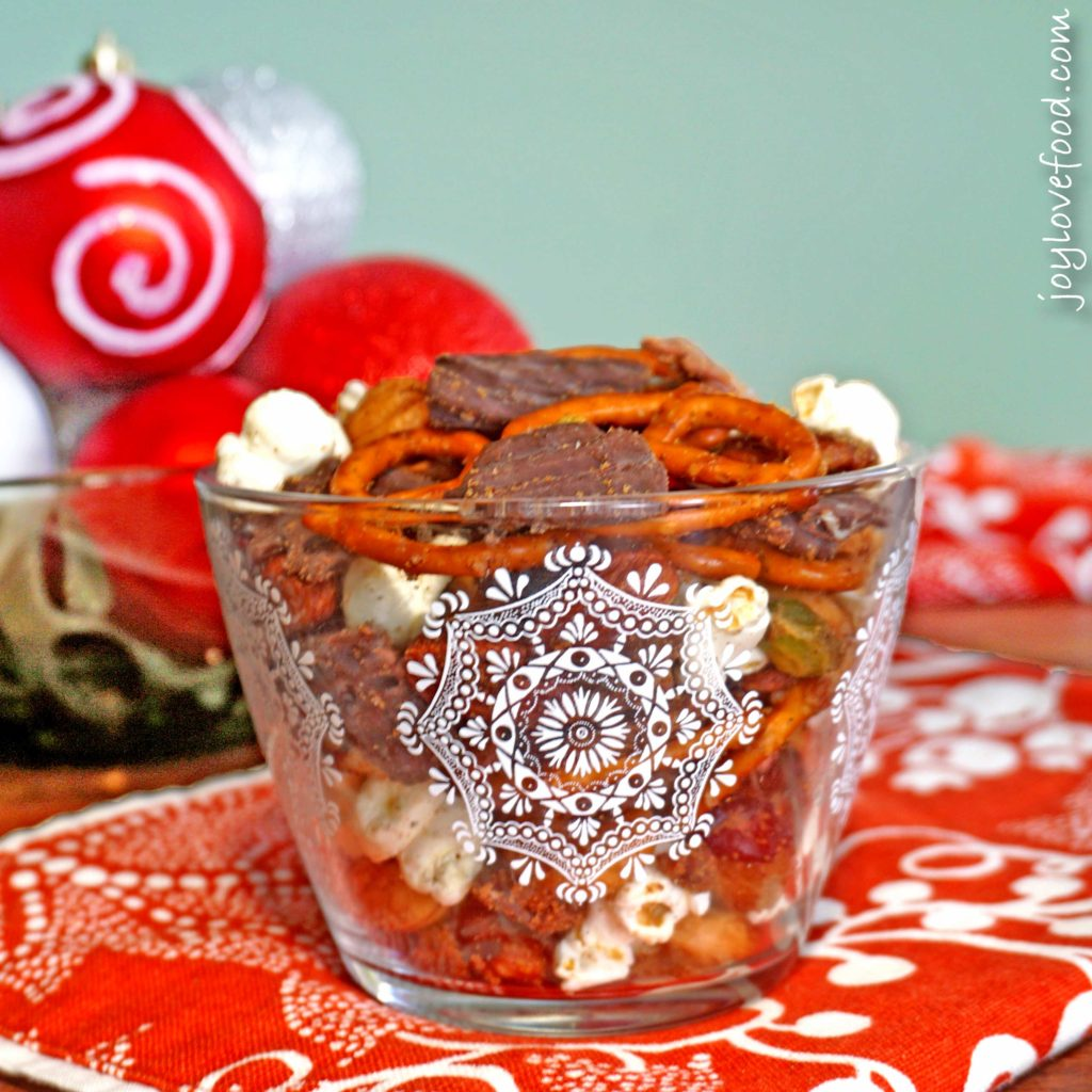 Spiced Holiday Snack Mix